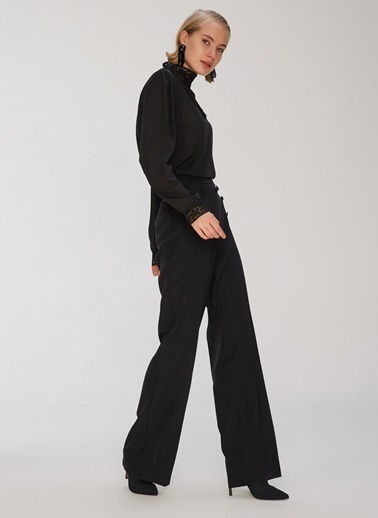 People By Fabrika Dantel Detaylı Bluz Siyah